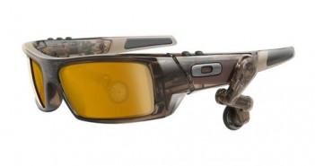 Oakley-THUMP-2