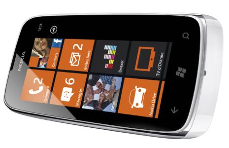 Nokia-Lumia-610-NFC2